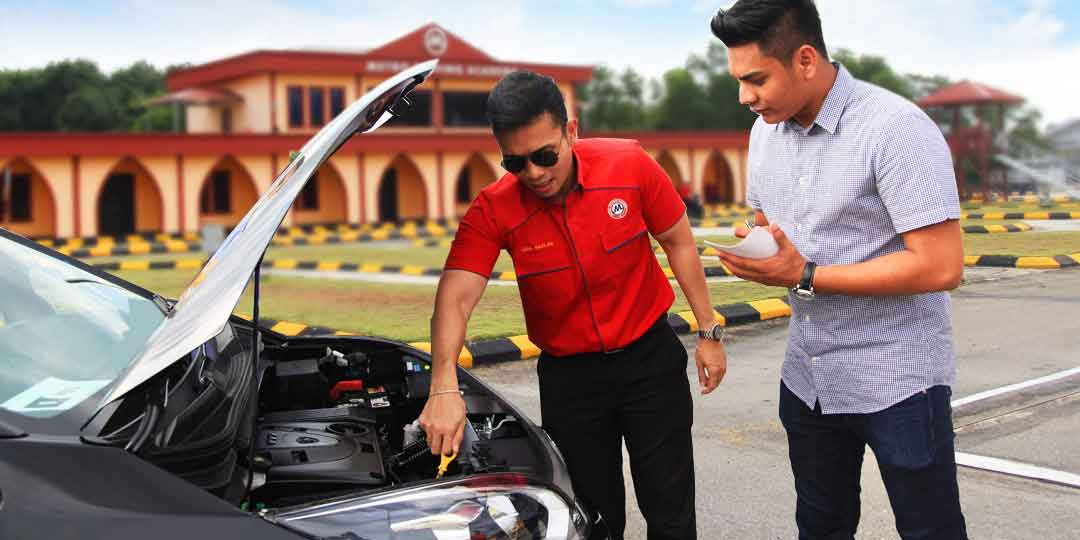 charge for driving manual on auto license